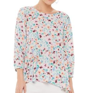NWT Elle Floral Peplum Top with 3/4 sleeves
